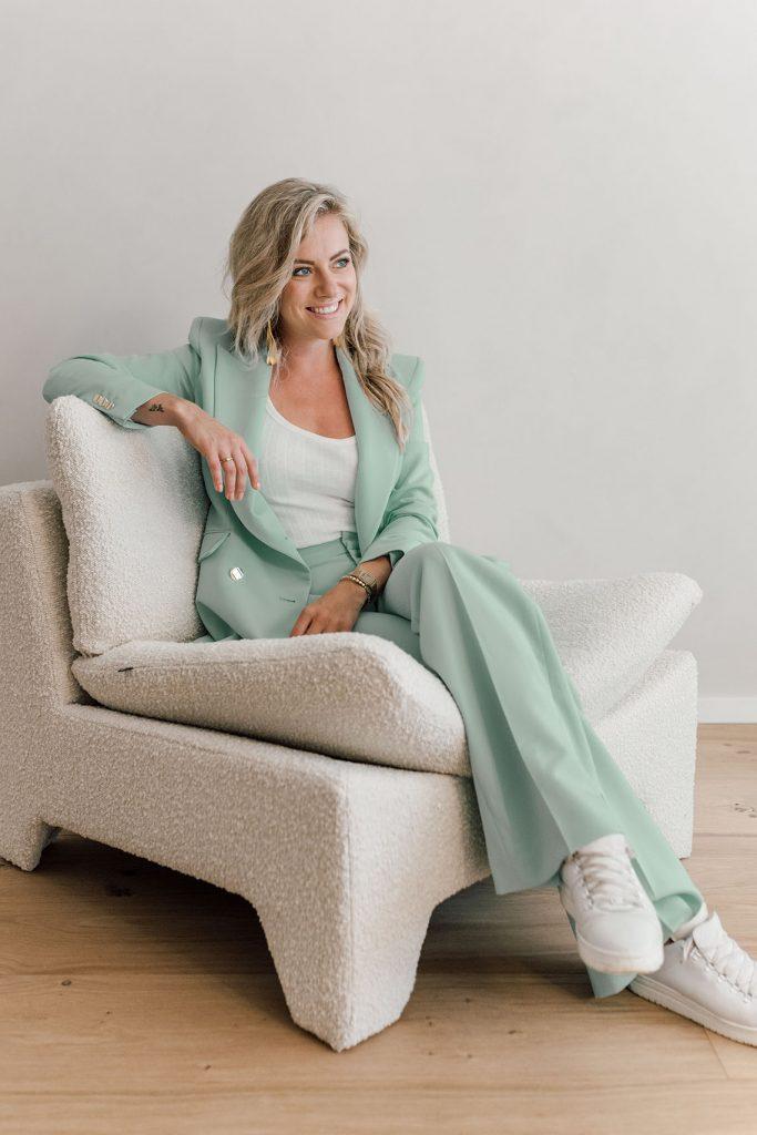 Eigen gifjes maken   Bedrijfsvideo maken   Dress Your Brand   Larissa Kaashoek